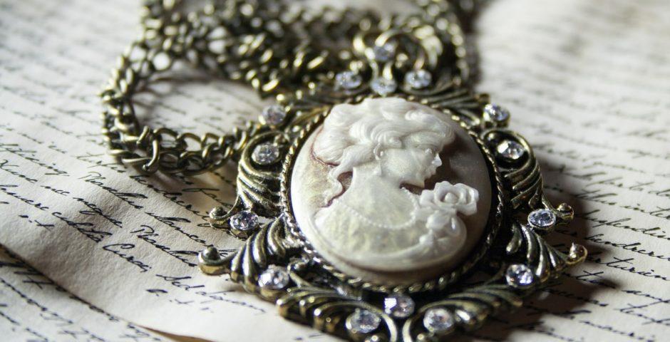amulet ketting